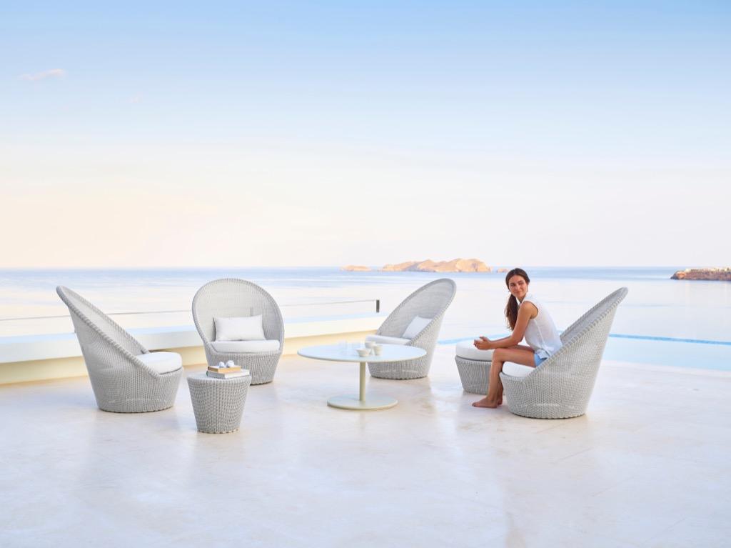 Outdoor furniture: Cane-line Kingston Sunchair