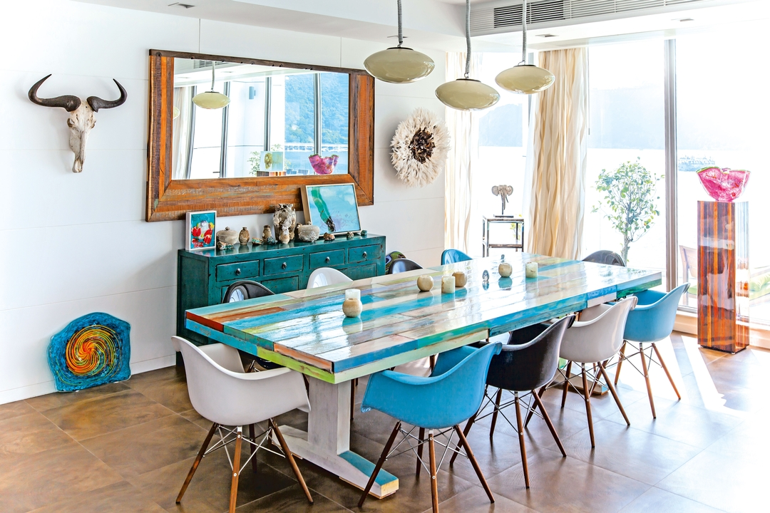 Showcase, actress tracy griffith's home, California chic home, southside, hong kong