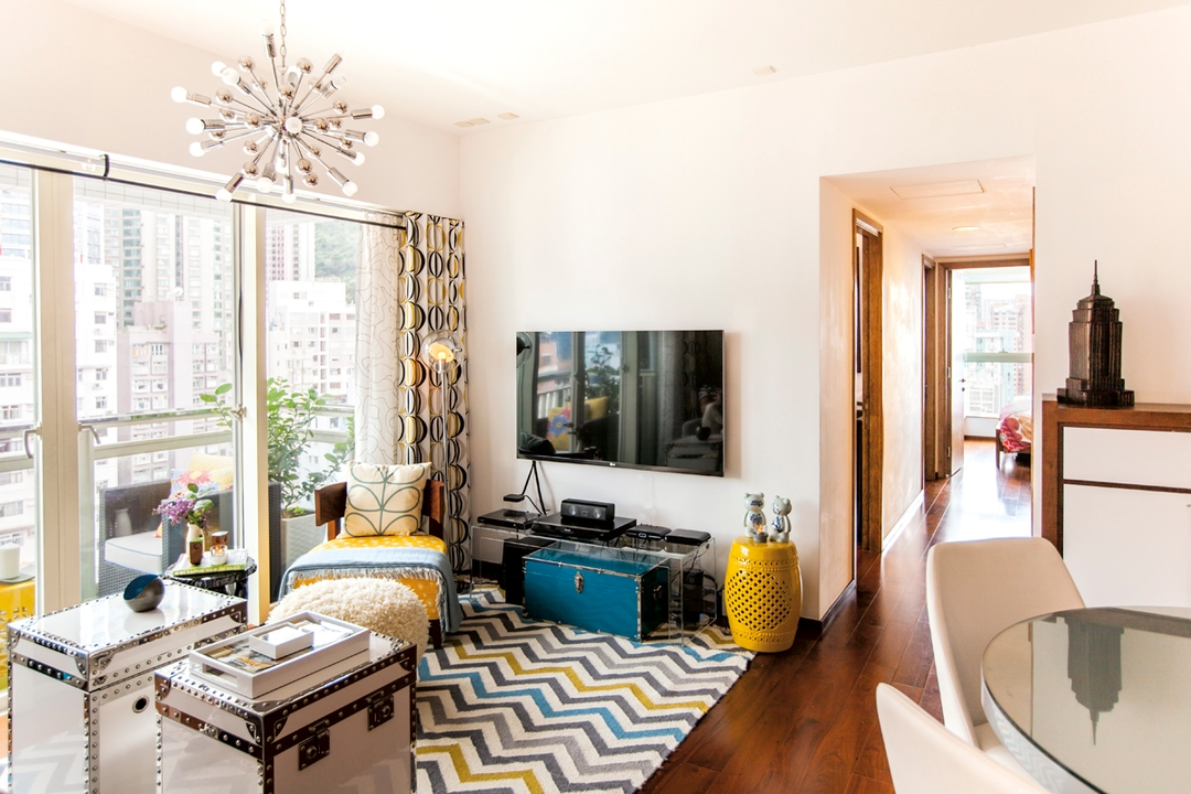 Homes With Colour And Style Design Inside Centra Soho S Centrestage Apartment Hong Kong