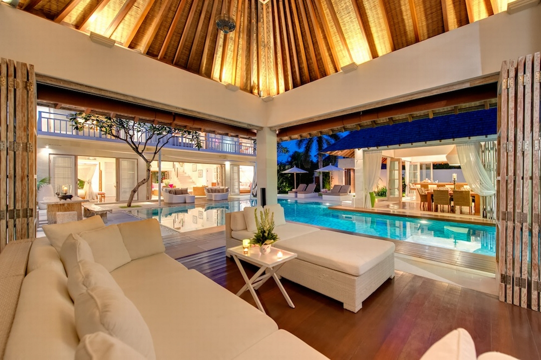 How to book a villa in Bali or Phuket, guide to choosing the easy way to book a villa in Bali or Phuket, villa, luxury property, bali, phuket, sri lanka, reservations, how to book a villa, elite havens